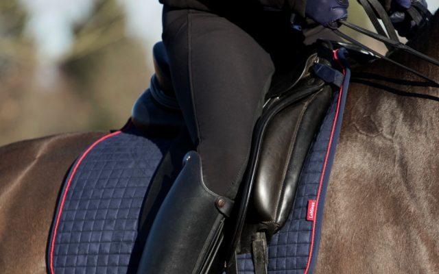 Horse Saddle Pads & Numnahs Horse saddle